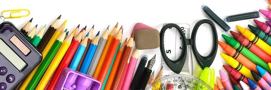 """<div class=""""blogh"""">Beneficios de las manualidades en los niños</div>"""