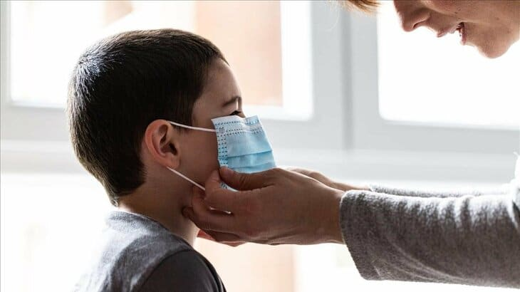 Asociación Española de Pediatría: Consejos sobre mascarillas para niños y niñas